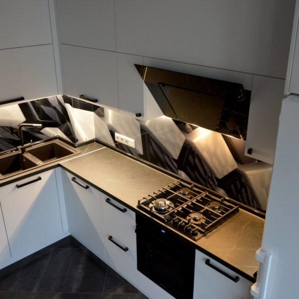 Кухни на заказ Одесса - komfortcenter-5