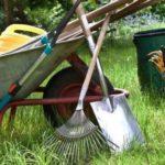 Уборка придомовой территории и участка Одесса